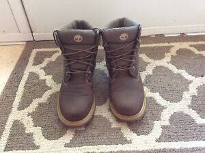 Timberland boots - Youth size 4