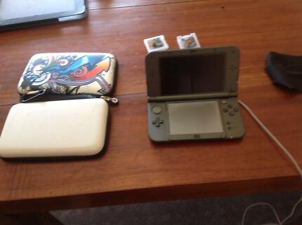 Nintendo 3DS XL barely used.