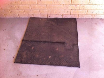 Rubber mats for Shed