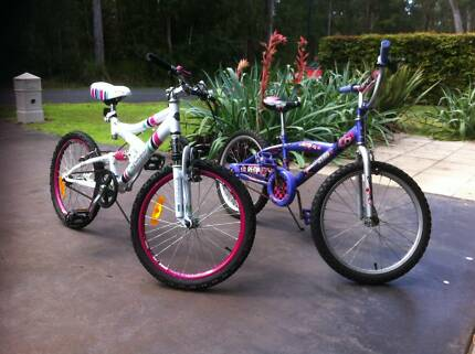 2 Girls bikes 50cm suit ages 8 to 10 Sawtell Coffs Harbour City Preview