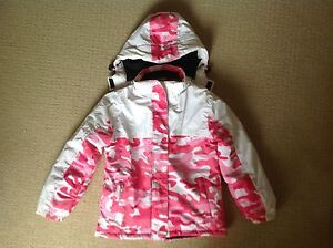JNR GIRL'S WATERPROOF SNOW SKI JACKET SZ 12 & 2 SETS OF GLOVES Nowra Nowra-Bomaderry Preview
