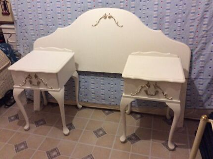 Queen Anne headboard and 2 bedside tables