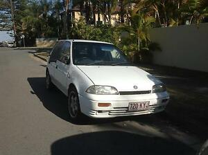 1995 Suzuki Swift Hatchback Surfers Paradise Gold Coast City Preview