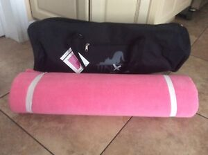 BRAND NEW MERCEDES BENZ YOGA MAT WITH BAG
