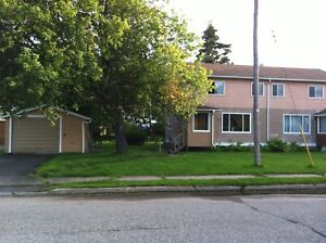 3 Bed 1 Bath House in Red Rock, Ontario. Clean & Comfortable!