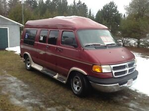 2003 Wheelchair accessible Dodge Van