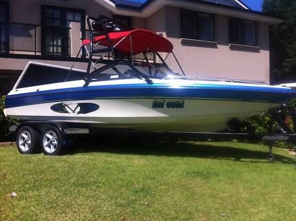 Malibu Sunsetter wake boat ski boat 1999 model with up grades Seven Hills Blacktown Area Preview
