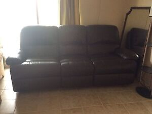 Leather couch *reduced*