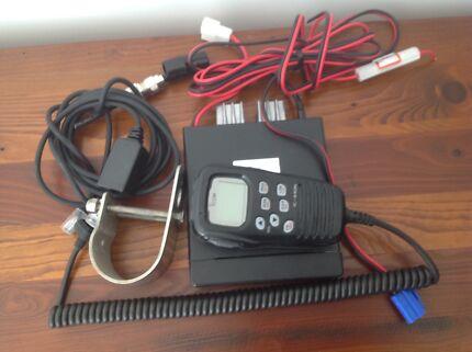 UHF CB Radio 2 way ICOM N440