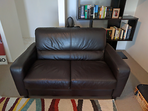 2 seater leather lounge Adamstown Heights Newcastle Area Preview