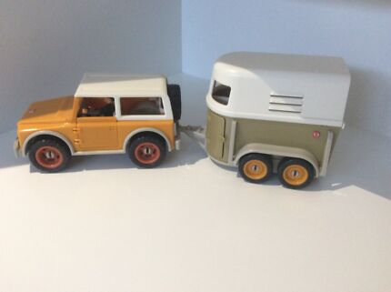 Schleich 4x4 vehicle and horse float Indooroopilly Brisbane South West Preview