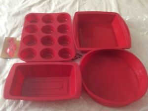 Silicone Bake Wear set,brand new