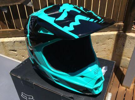 Motocross/dirtbike/moped helmet