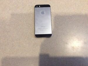 Iphone 5S 16 GB Virgin/Bell. Great Condition