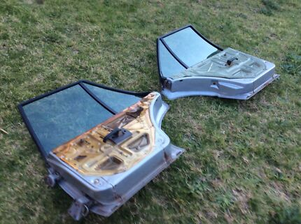 Ford xf falcon wagon rear doors left and right