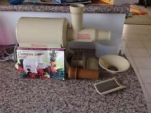 Champion Juicer 2000 in Excellent Condition Kingsley Joondalup Area Preview