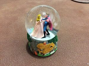 Disney Sleeping Beauty snow globe