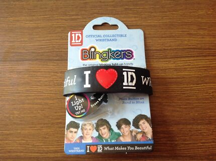 1 Direction - Blingkers, official wristbrand, brand new.