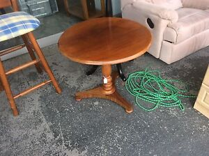 UNCLE SAMS SECONDHAND FURNITURE  BUYING AND SELLING Derwent Park Glenorchy Area Preview