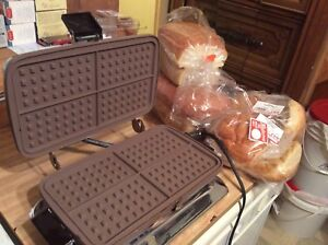 Vintage toastess waffle and sandwich maker