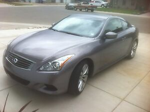 Infiniti G37s Coupe MINT