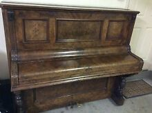 Free to a good home Upright Piano Queanbeyan Area Preview