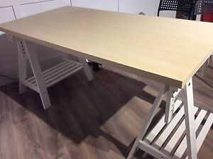 TABLE STYLE CHEVALET AJUSTABLE