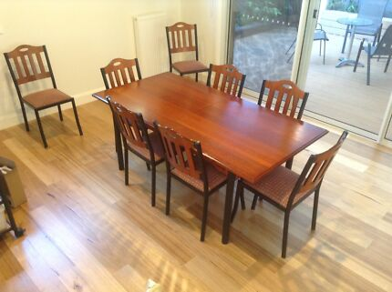 Extendable 9 Piece Dining Table Seating 6-8