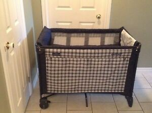 Baby Classic Playard by Graco