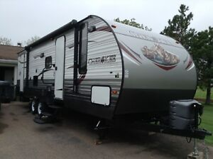 2015 Cherokee Travel trailer  274 DBH  (28.5 ft. )
