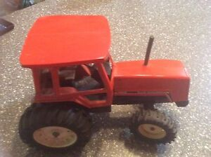 Allis-Chalmers 8010 Toy Tractor