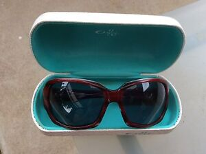 Oakley sunglasses just $35 St Albans Brimbank Area Preview