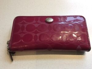 Coach Wallet !  Price:  $10