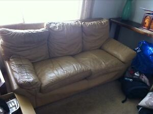 Free leather lounge set! Must pick up today Sadlier Sadleir Liverpool Area Preview