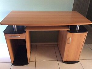 Computer desk as new. Tenambit Maitland Area Preview