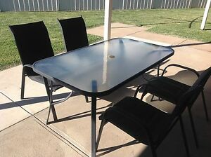 outdoor table and chairs Moama Murray Area Preview