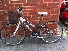 Small Ladies flat top road bike, 21 speed Albert Park Port Phillip Preview