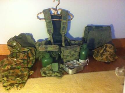 army chest webbing package Balwyn Boroondara Area Preview