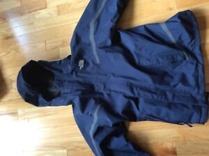 Navy blue The North Face size 14/16 winter jacket