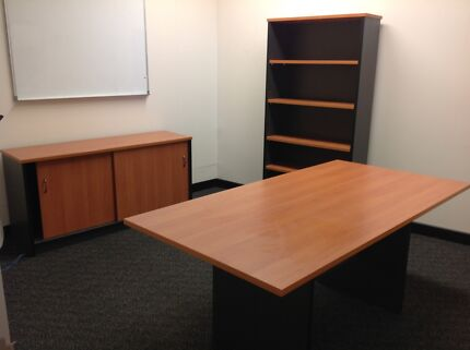 Office Setup   Desk, Bookcase And Credenza PERFECT Condition