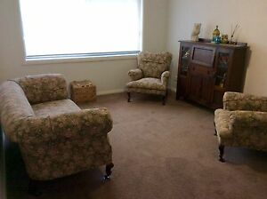 1940's Lounge suite Fern Bay Port Stephens Area Preview