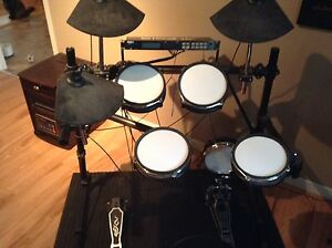 Drum électronique Alesis DM5