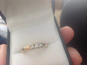 10k gold ring size. 8