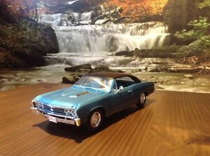 Auto de Collection Miniature Diecast ERTL 1/18 Chevelle SS 1967