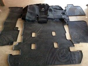 200 series gxl land cruiser black duck seat covers and rubber mat Biloela Banana Area Preview