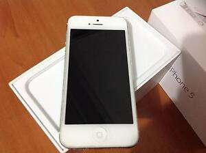Iphone 5 16 GB Lakemba Canterbury Area Preview