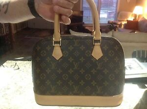 Louis Vuitton purses and wallet