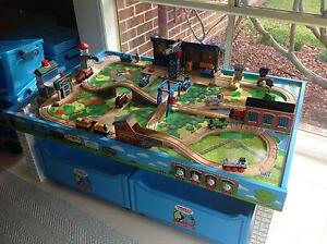 BULK THOMAS TANK ENGINE TABLE TRAINS TRACK STORAGE SOUNDS VG >140 Narre Warren Casey Area Preview