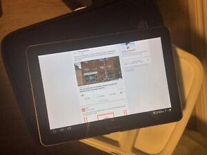 Samsung Galaxy 10.1 Tablet GT-P7500 with Case