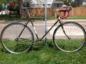 Fig's bikes - Vintage Raleigh single speed 56cm